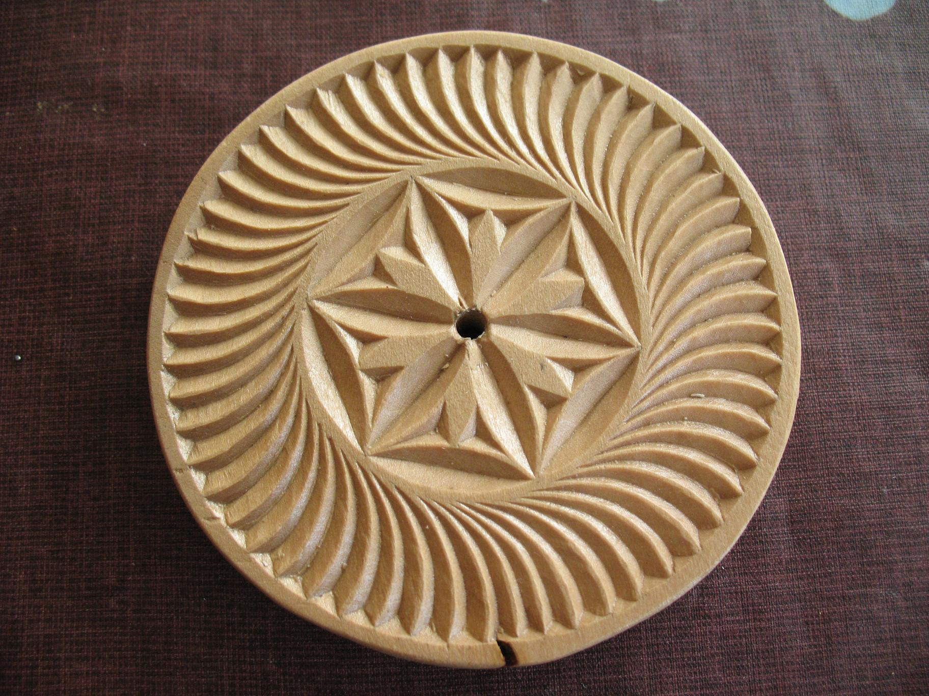 2010 octobre sculpture sur bois. Black Bedroom Furniture Sets. Home Design Ideas